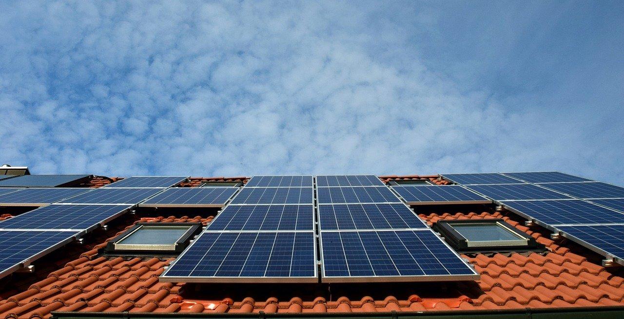 solar system, roof, power generation-2939560.jpg